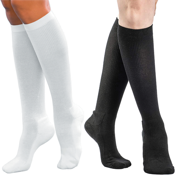 Picture of Sigvaris Athletic Cotton - Women's 15-20mmHg Compression Support Socks