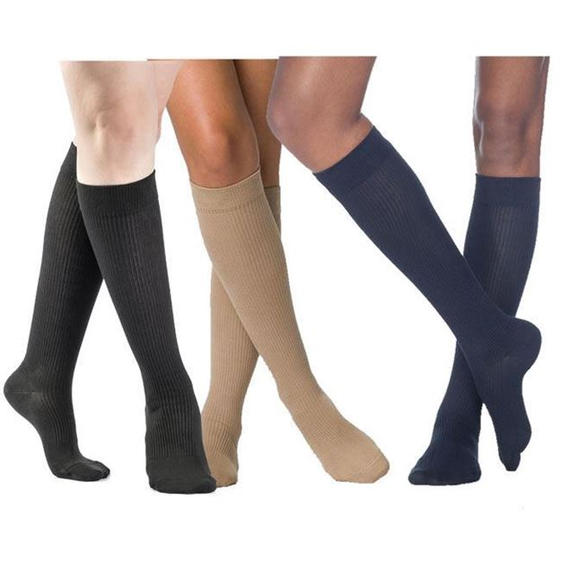 Picture of Sigvaris Casual Cotton - Women's 15-20mmHg Compression Support Socks